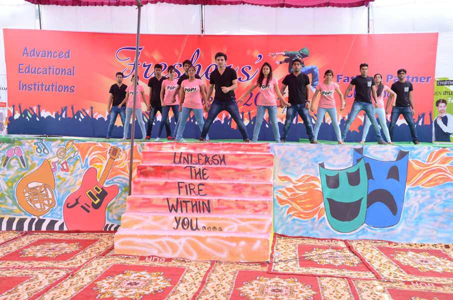 Fresher Party in Advanced College2